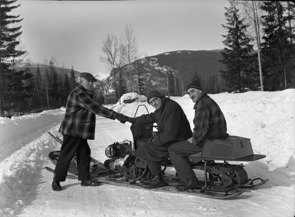 Agnus Beaton, Louis Bergen and Snowmobile [DN-324]