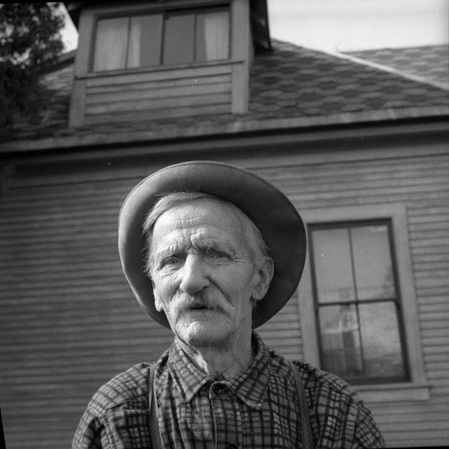 Alex McCrae, 1940s [DN-663]