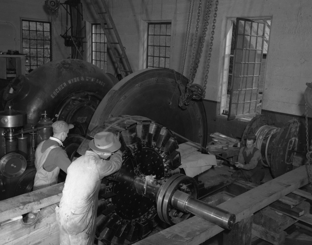 Interior of Powerhouse, Illecillewaet Dam [DN-381]