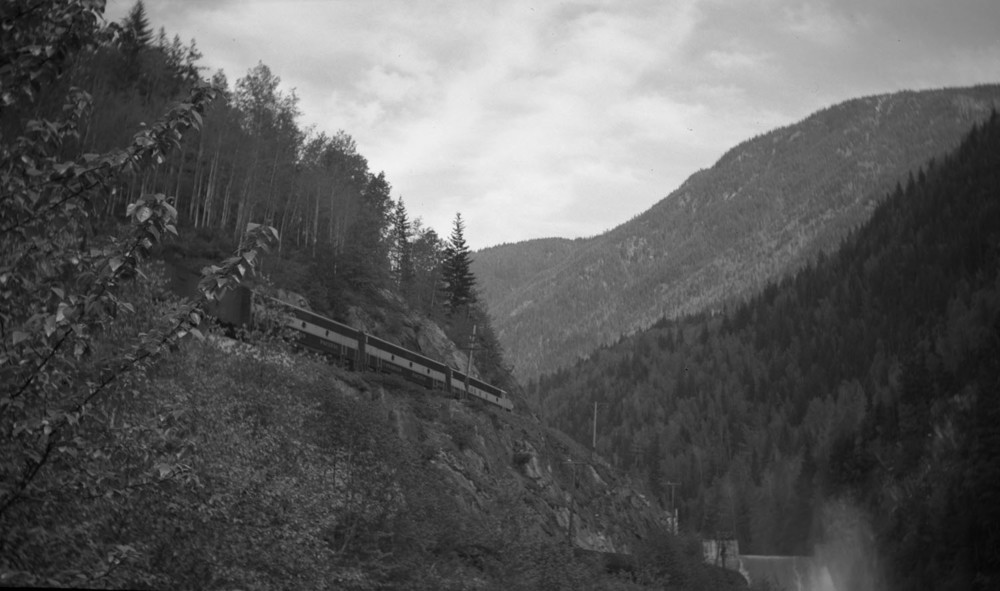 Illecillewaet River Dam c1952, with 1st generation diesel locomotives [DN-643]