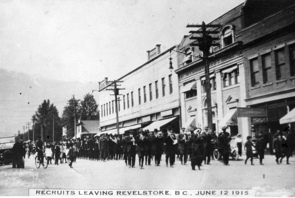 Recruits of the 54th Battalion leaving Revelstoke, June 12, 1915.
