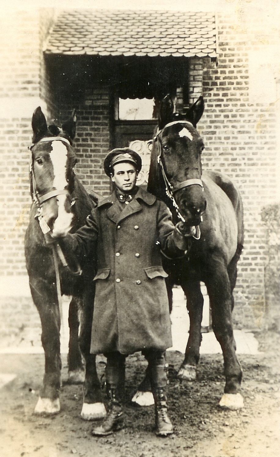 John Maley with horses during World War I. Revelstoke Museum & Archives photo P4607