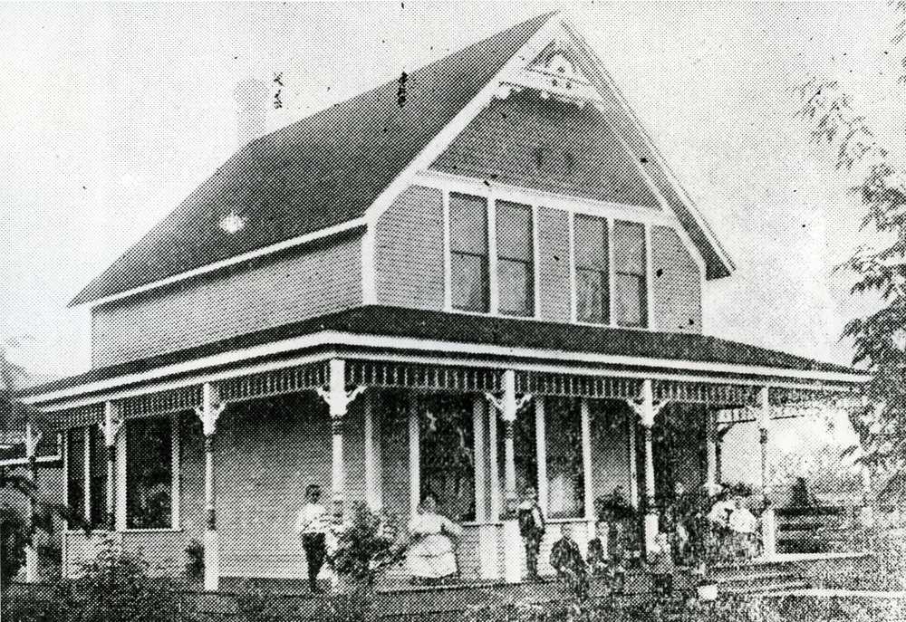 McRae family home on Third Street West, circa 1903. P196