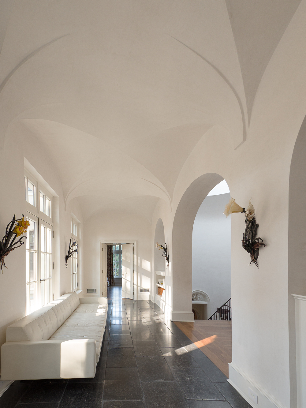 Blackland - Hallway