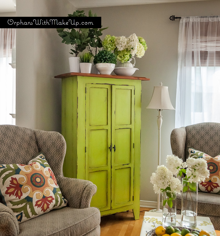 Armoire gets a great pop of colour with Luscious Lime Country Chic Paint.
