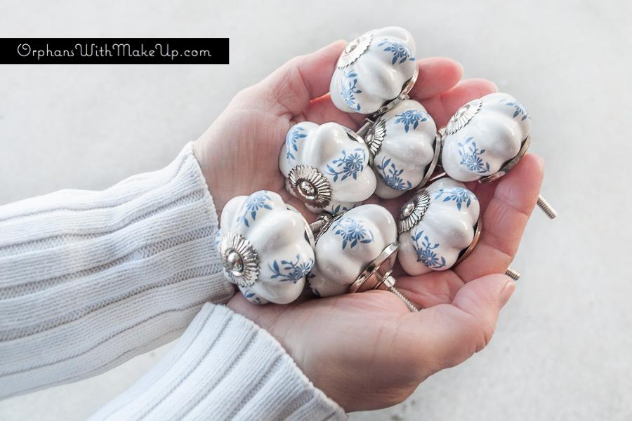 D. Lawless Hardware - White Ceramic Knob w/ Blue Flower Print