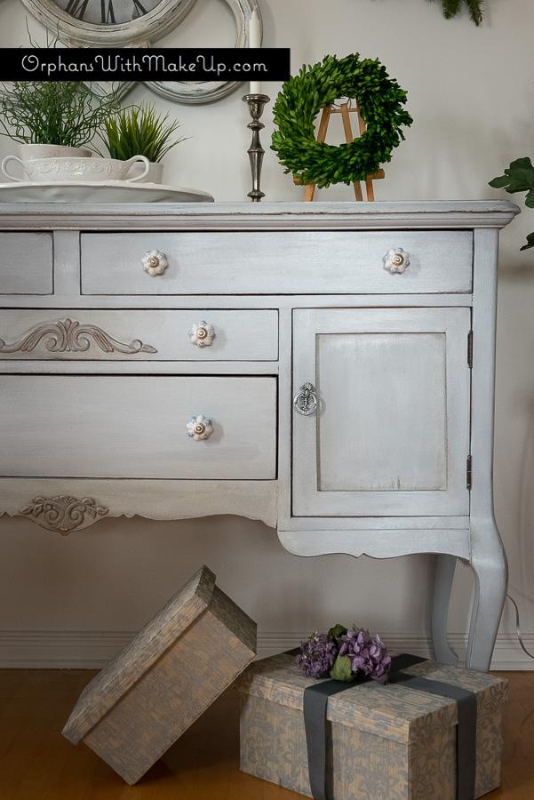 Paris Grey Chalk Paint® decorative paint by Annie Sloan