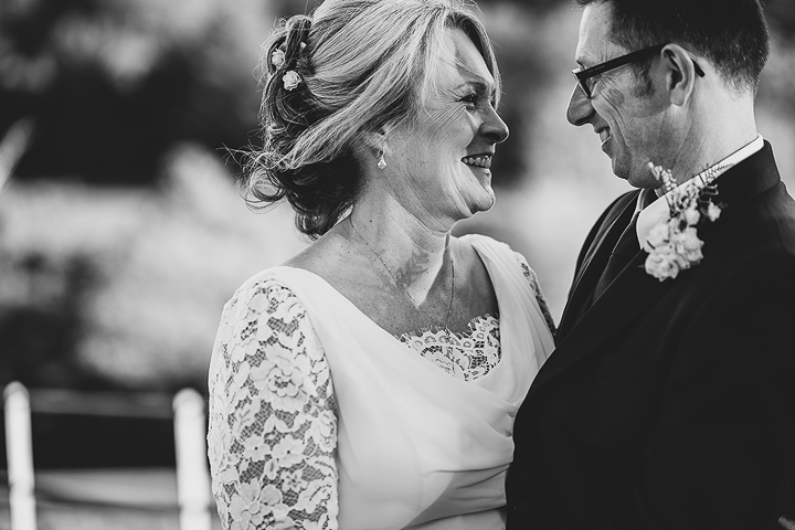 BEST-WEDDING-PHOTOGRAPHER-CORNWALL-2015-25.jpg