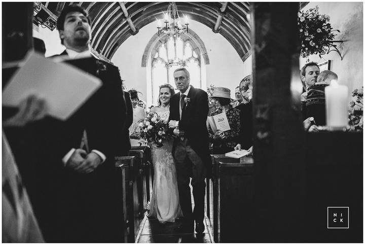 BEST-WEDDING-PHOTOGRAPHER-CORNWALL-2015-112.jpg