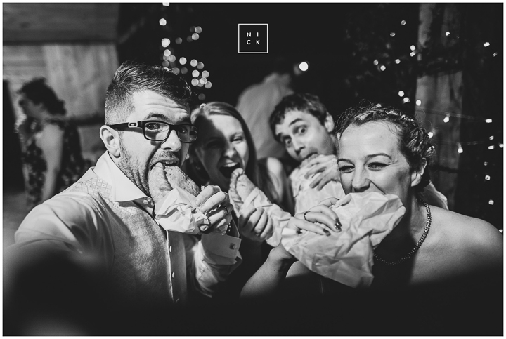 BEST-WEDDING-PHOTOGRAPHER-CORNWALL-2015-139.jpg