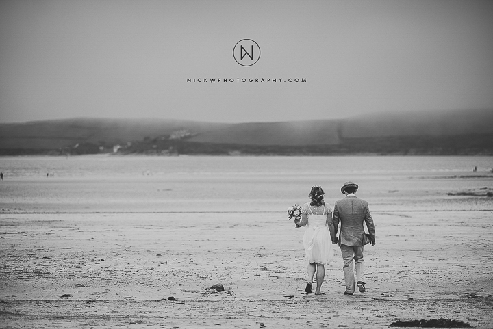 BEST-WEDDING-PHOTOGRAPHER-CORNWALL-2015-211.jpg