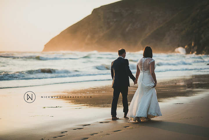 BEST-WEDDING-PHOTOGRAPHER-CORNWALL-2015-220.jpg