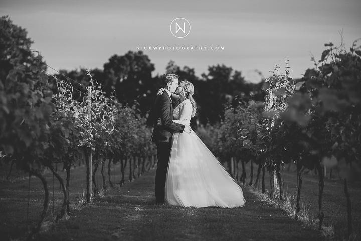 BEST-WEDDING-PHOTOGRAPHER-CORNWALL-2015-229.jpg
