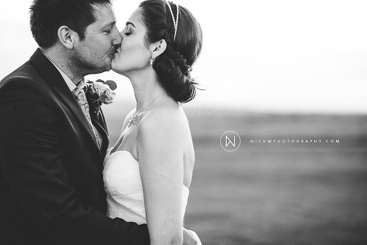 BEST-WEDDING-PHOTOGRAPHER-CORNWALL-2015-305.jpg