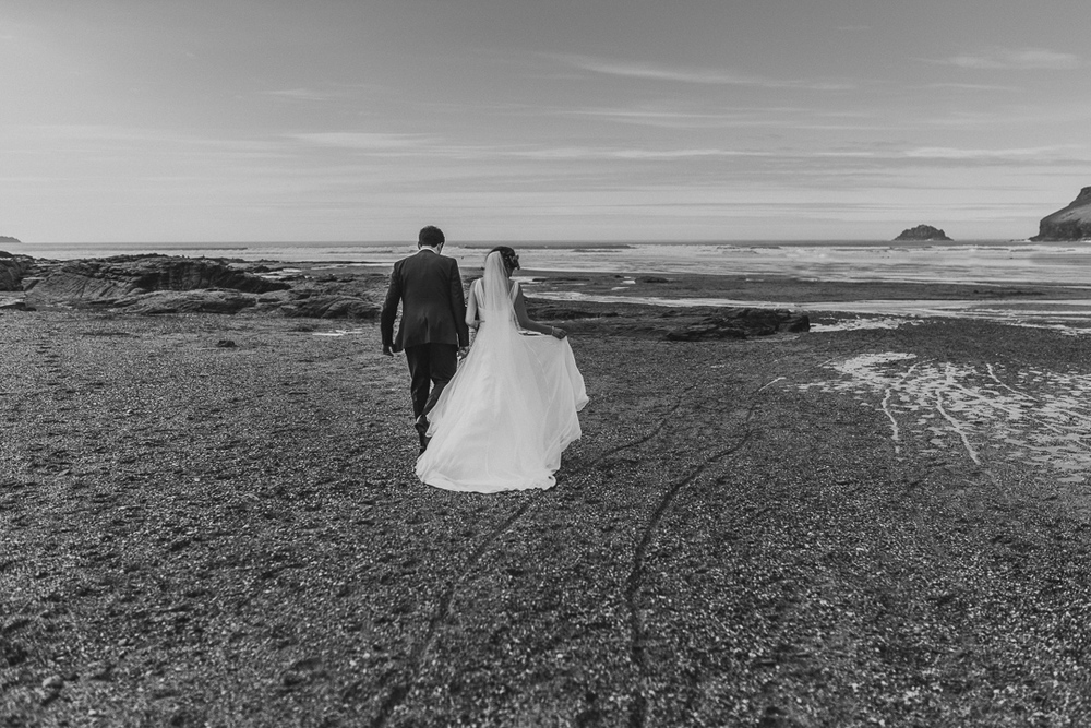 MESMEAR-WEDDING-PHOTOGRAPHY-CORNWALL-69.jpg