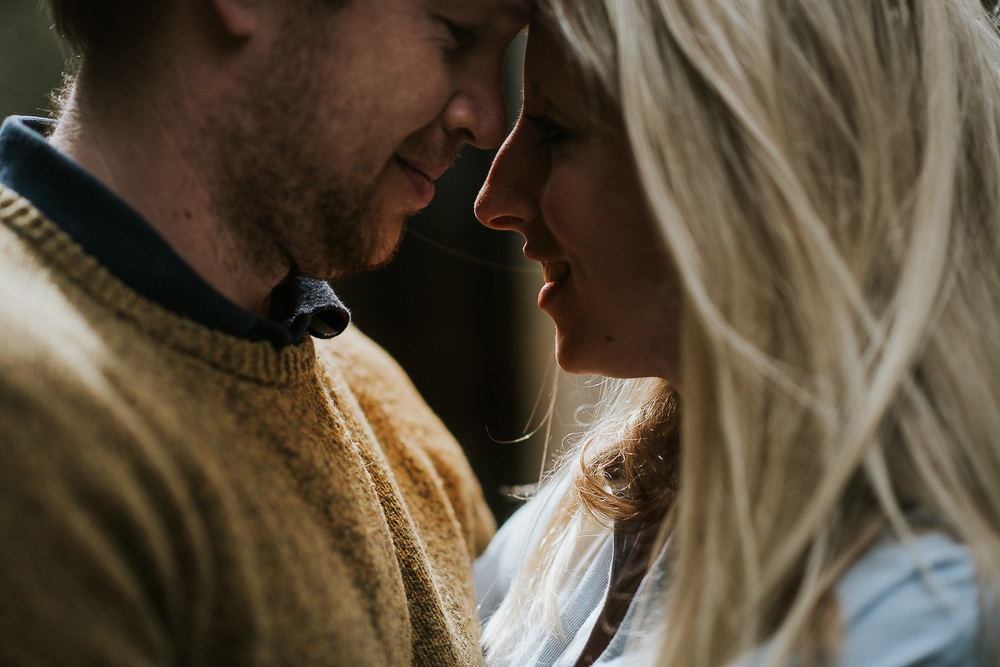 BEST-WEDDING-PHOTOGRAPHER-CORNWALL-95.jpg