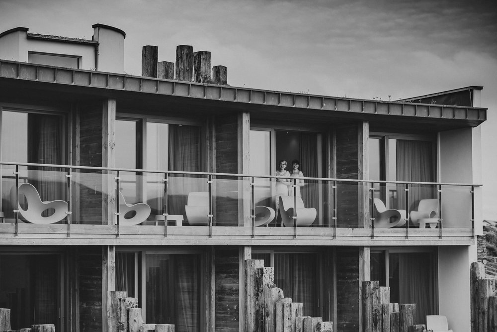 SCARLET-HOTEL-WEDDING-PHOTOGRAPHY-NEWQUAY-3.jpg