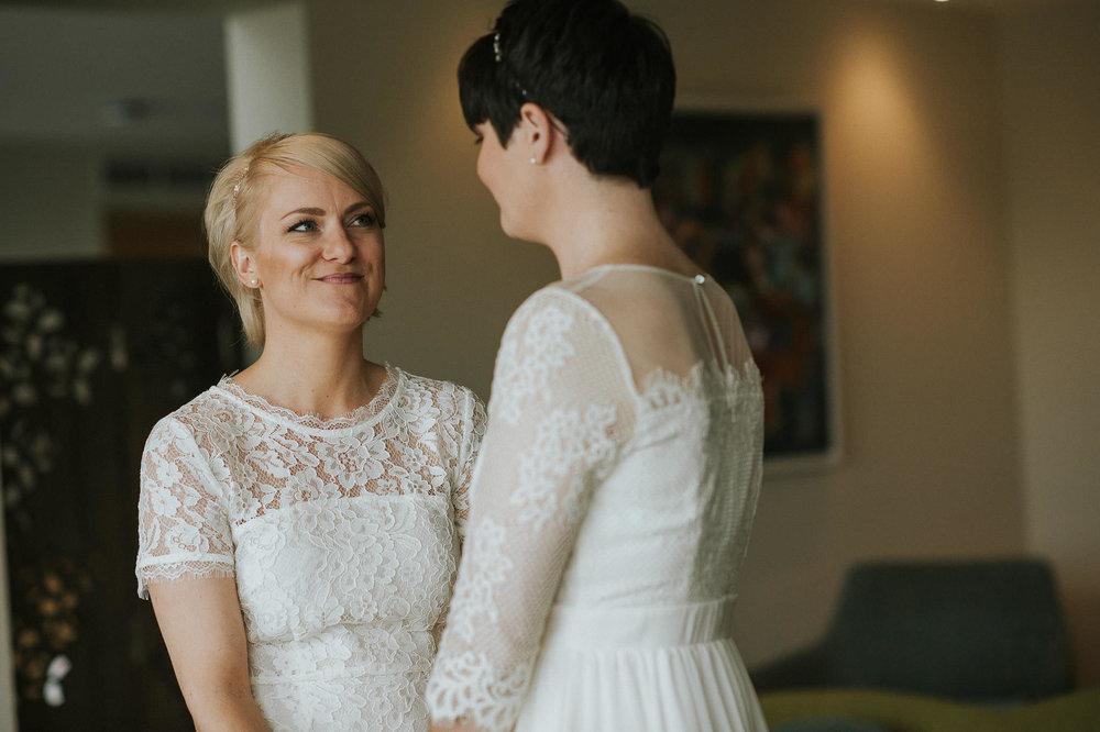 SCARLET-HOTEL-WEDDING-PHOTOGRAPHY-NEWQUAY-44.jpg