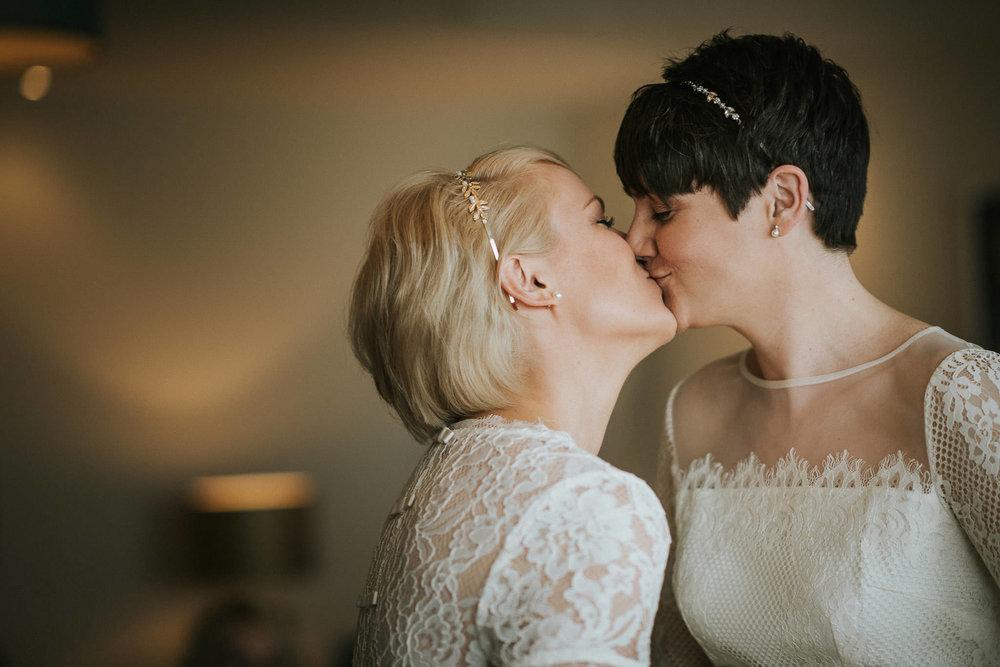 SCARLET-HOTEL-WEDDING-PHOTOGRAPHY-NEWQUAY-48.jpg