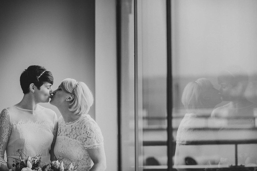 SCARLET-HOTEL-WEDDING-PHOTOGRAPHY-NEWQUAY-53.jpg