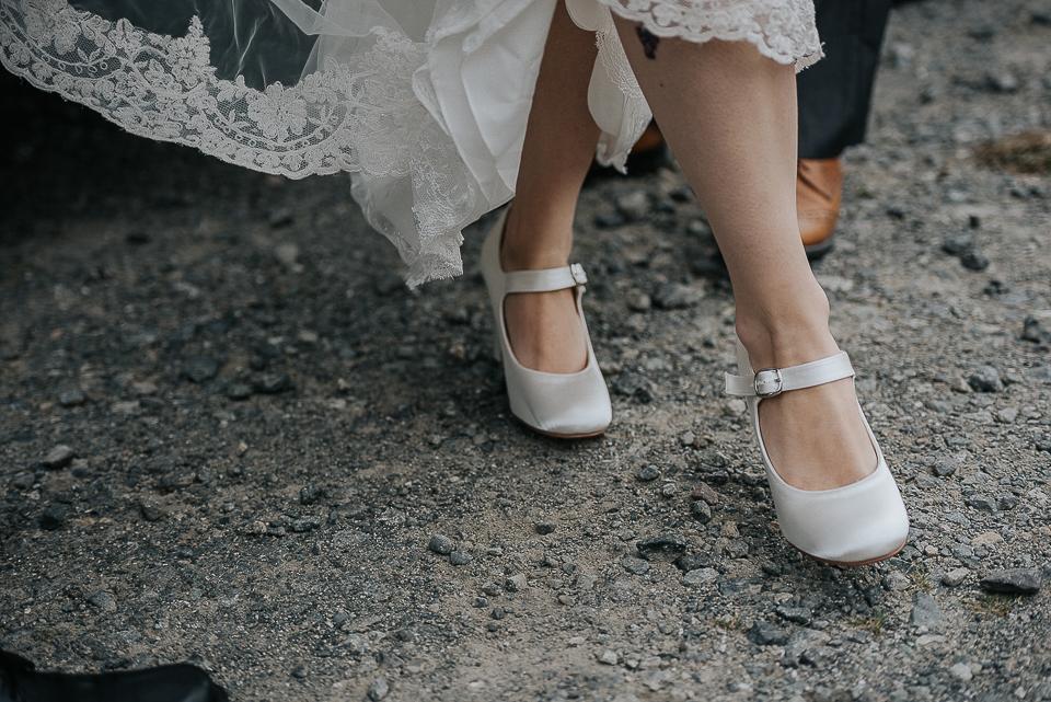 best-wedding-photographer-cornwall-2017-38.jpg