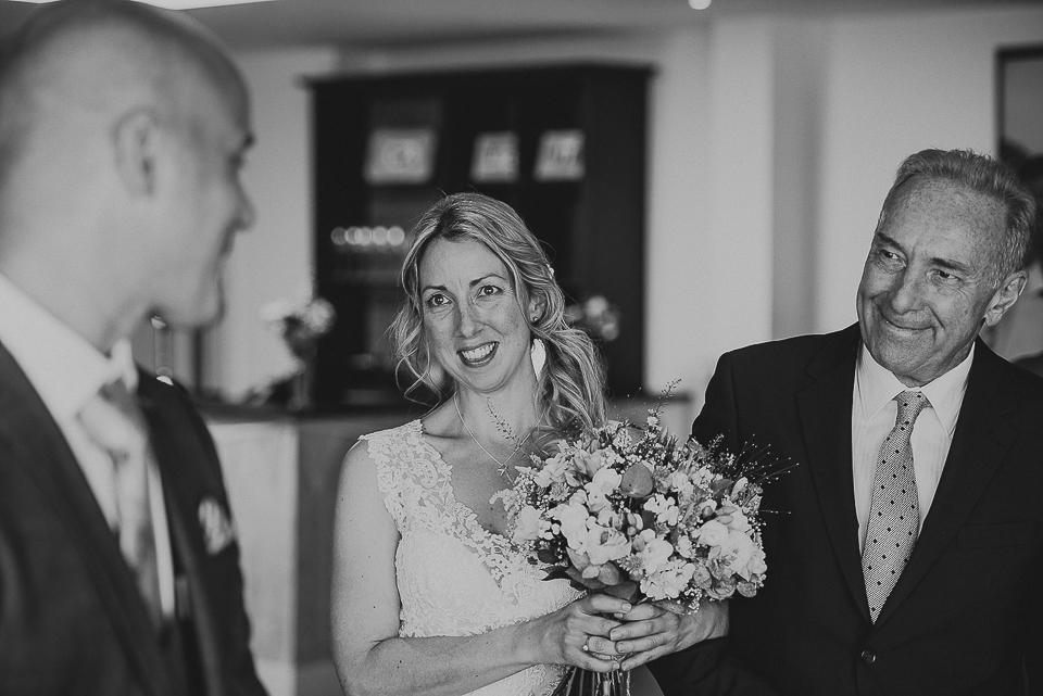 best-wedding-photographer-cornwall-2017-44.jpg