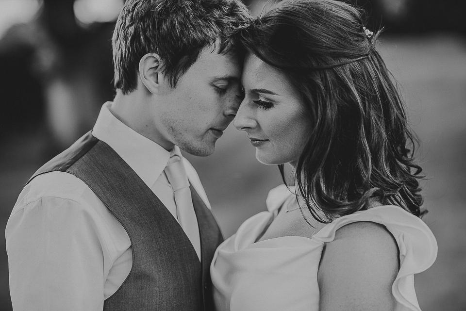 best-wedding-photographer-cornwall-2017-43.jpg