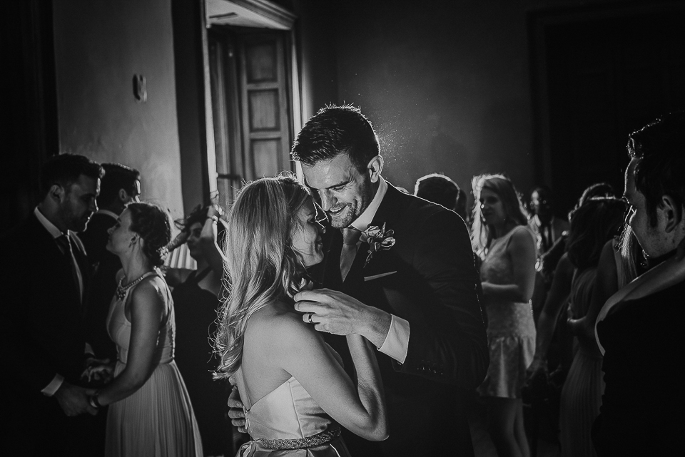 best-wedding-photographer-cornwall-2017-68.jpg