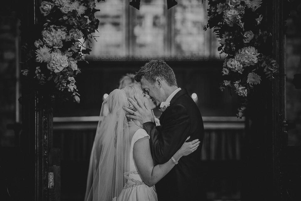 best-wedding-photographer-cornwall-2017-83.jpg