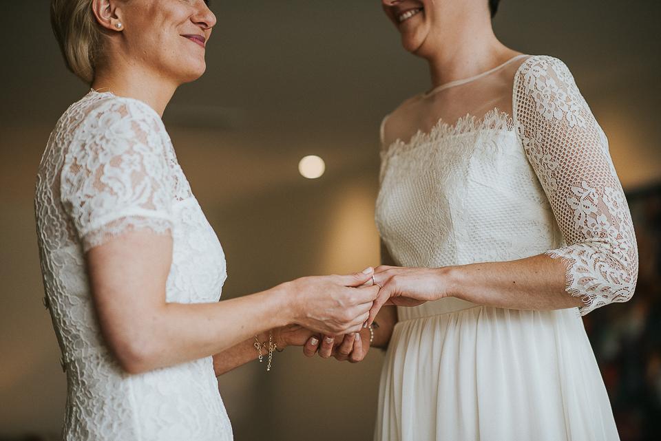 best-wedding-photographer-cornwall-2017-112.jpg