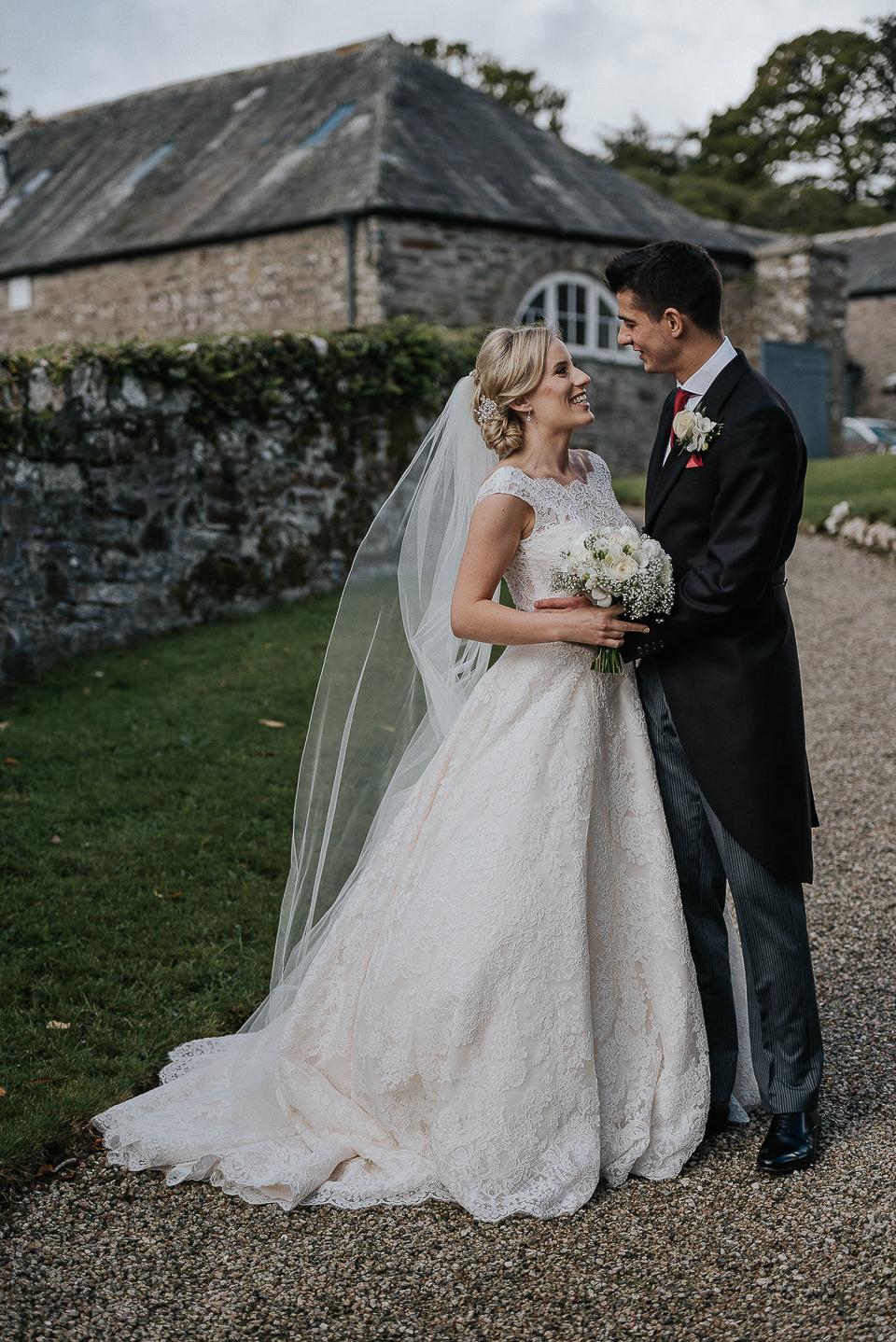 best-wedding-photographer-cornwall-2017-175.jpg