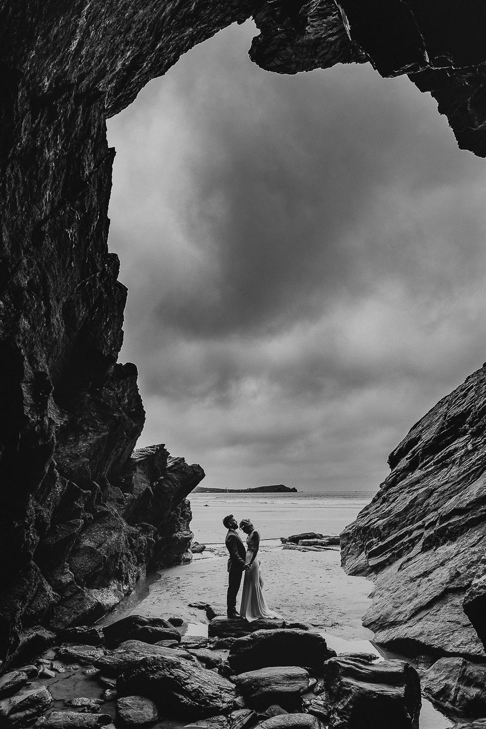best-wedding-photographer-cornwall-2017-200.jpg