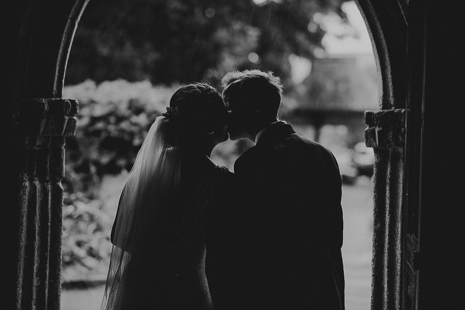 best-wedding-photographer-cornwall-2017-231.jpg
