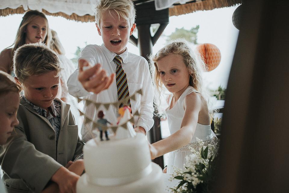best-wedding-photographer-cornwall-2017-243.jpg