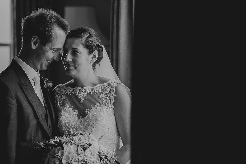 best-wedding-photographer-cornwall-2017-301.jpg