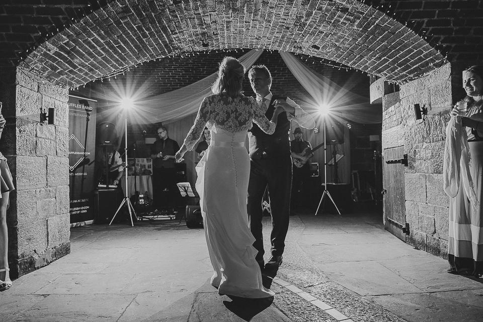 best-wedding-photographer-cornwall-2017-314.jpg