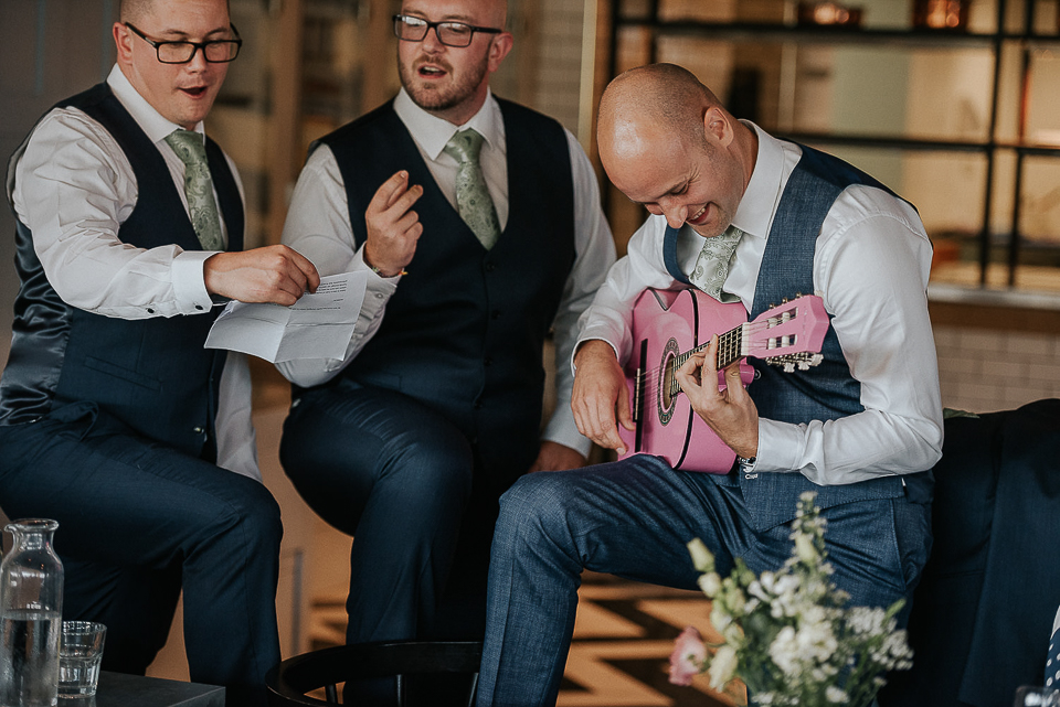 best-wedding-photographer-cornwall-2017-322.jpg