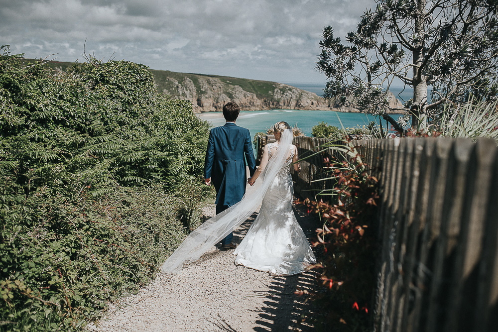 PRUSSIA-COVE-PORTH-EN-ALLS-WEDDING-PHOTOGRAPHER-54.jpg