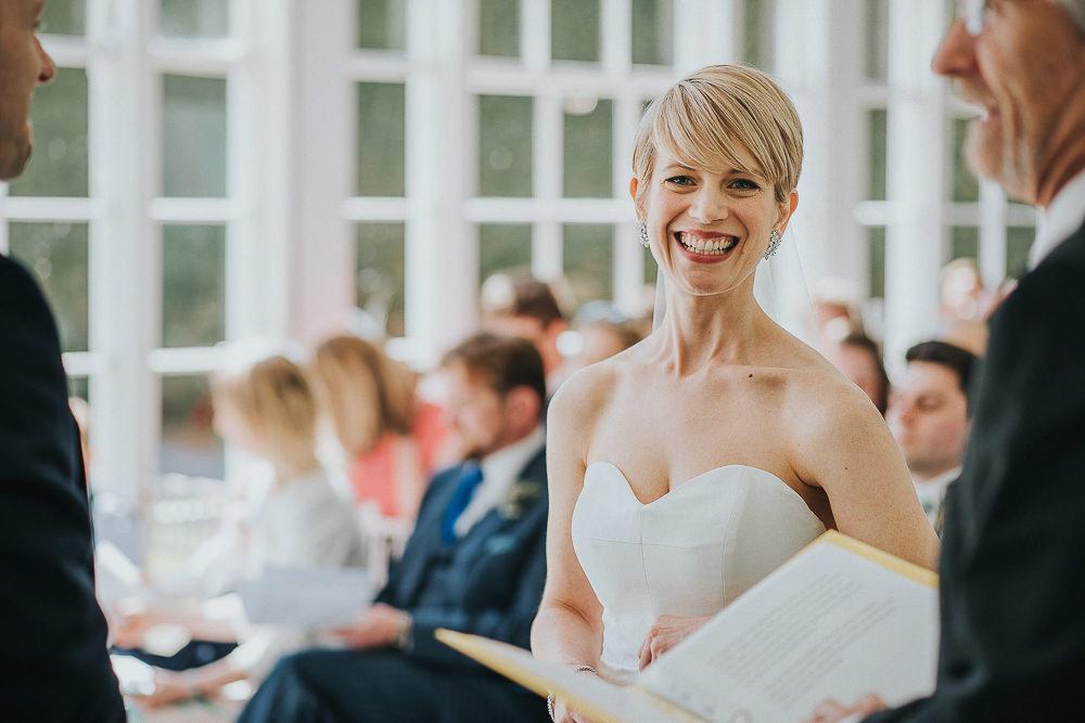 BEST-WEDDING-PHOTOGRAPHER-CORNWALL-9.jpg