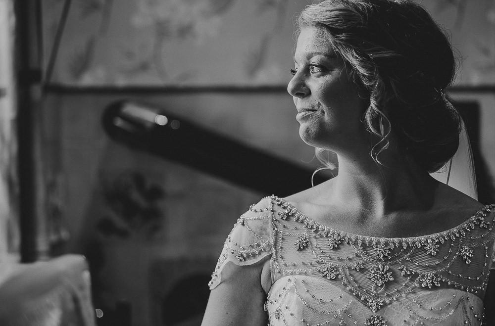 BEST-WEDDING-PHOTOGRAPHER-CORNWALL-28.jpg