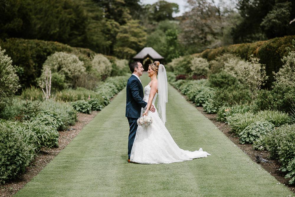 BEST-WEDDING-PHOTOGRAPHER-CORNWALL-39.jpg