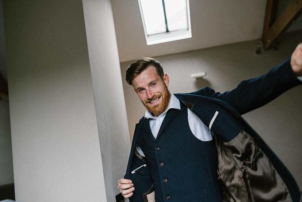 BEST-WEDDING-PHOTOGRAPHER-CORNWALL-42.jpg