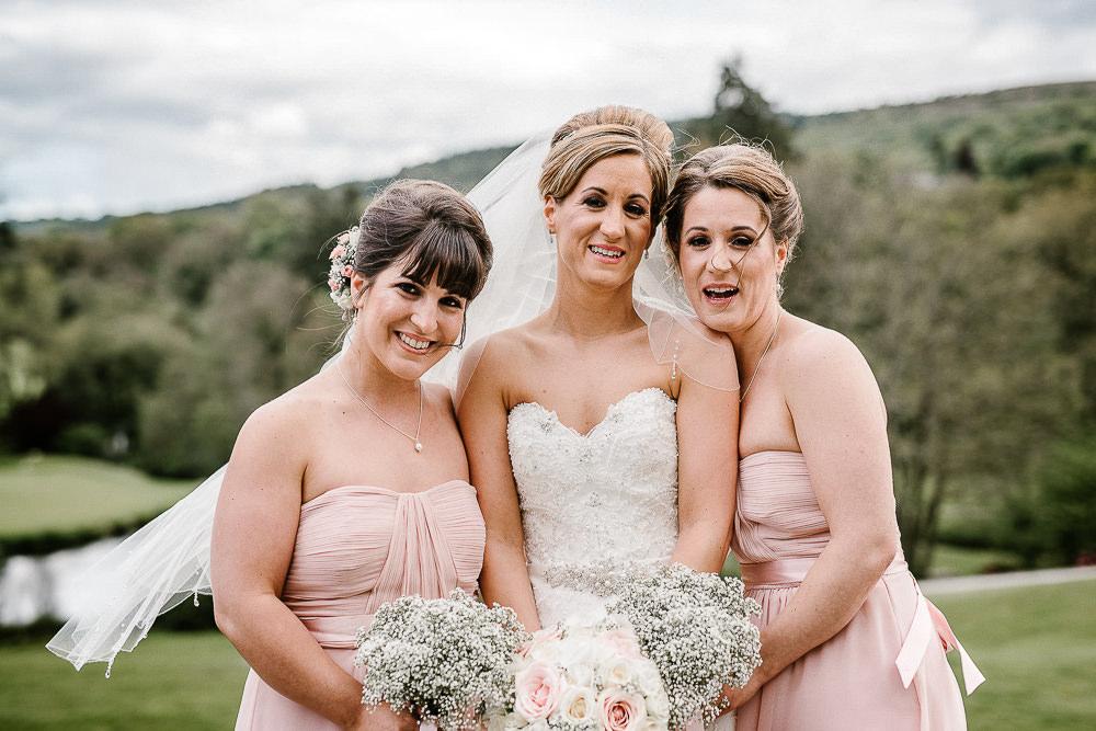 BEST-WEDDING-PHOTOGRAPHER-CORNWALL-117.jpg