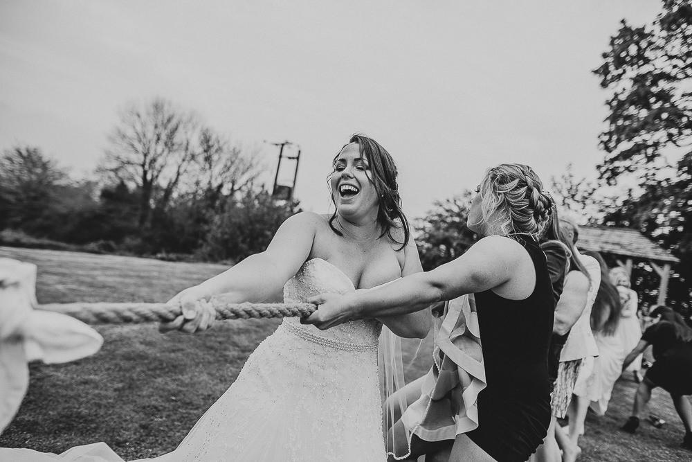 BEST-WEDDING-PHOTOGRAPHER-CORNWALL-132.jpg