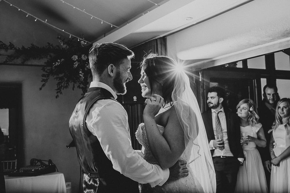 BEST-WEDDING-PHOTOGRAPHER-CORNWALL-135.jpg