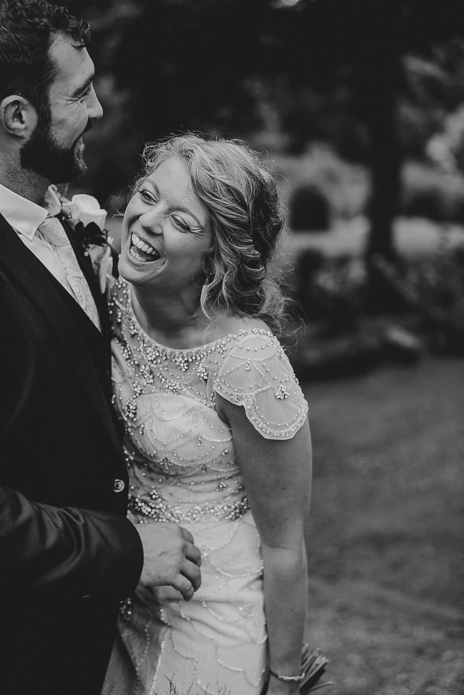 BEST-WEDDING-PHOTOGRAPHER-CORNWALL-139.jpg