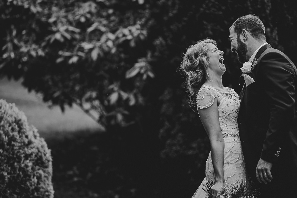 BEST-WEDDING-PHOTOGRAPHER-CORNWALL-140.jpg