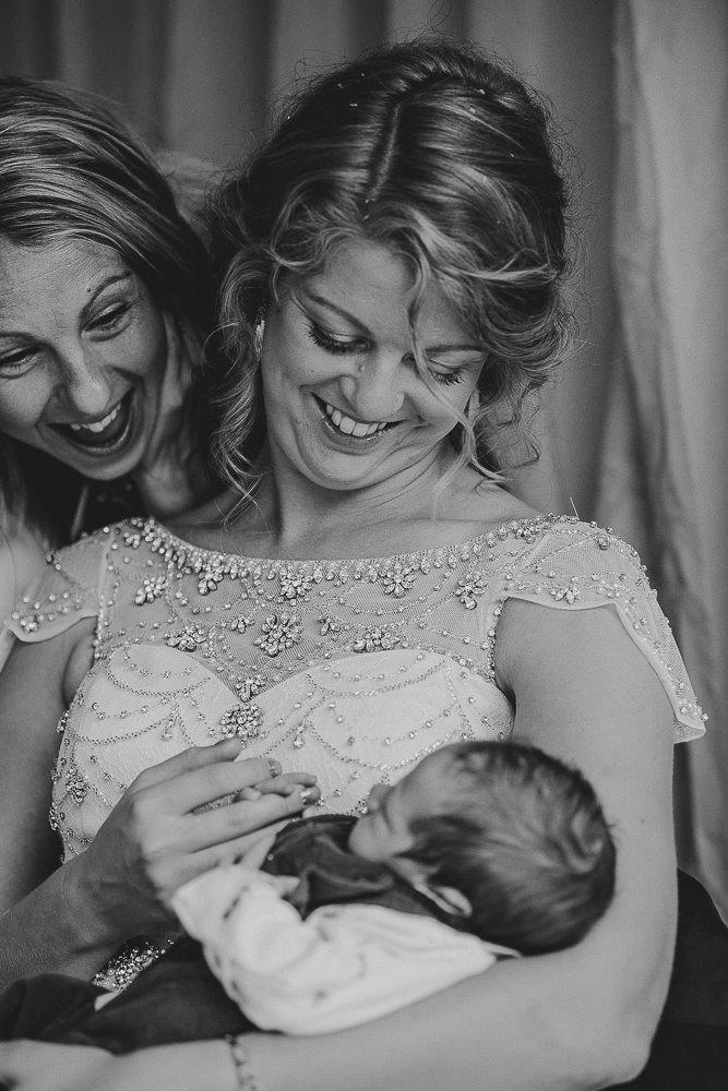 BEST-WEDDING-PHOTOGRAPHER-CORNWALL-155.jpg