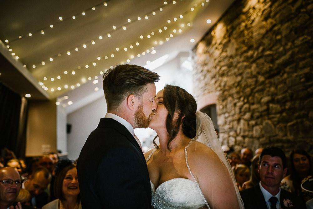 BEST-WEDDING-PHOTOGRAPHER-CORNWALL-163.jpg