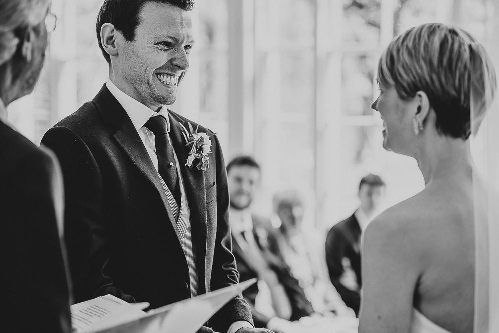 BEST-WEDDING-PHOTOGRAPHER-CORNWALL-188.jpg